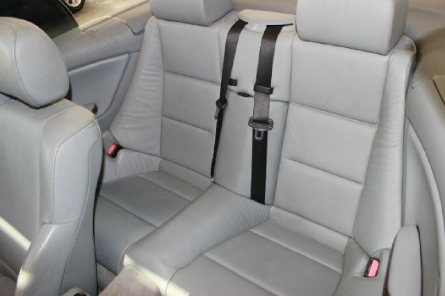2001 BMW 3 Series 330Ci 2dr