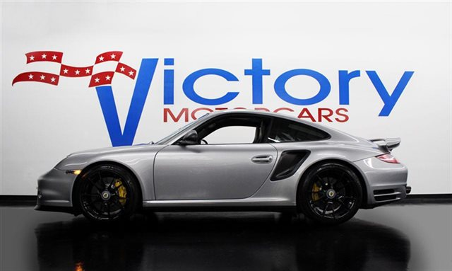 2011 Porsche 2dr Coupe S Turbo