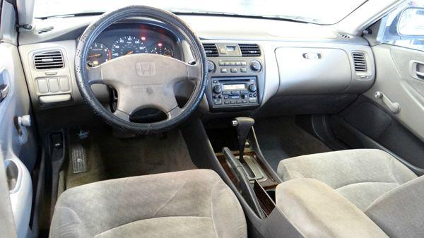 2001 Honda Accord VALUE DX