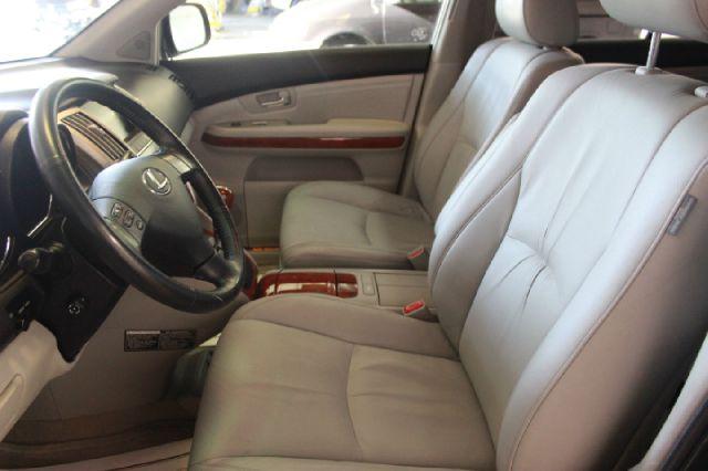 2004 Lexus RX 330 Base 4dr