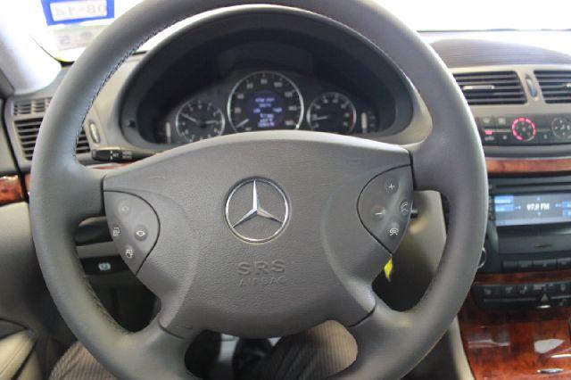 2003 Mercedes-Benz E-Class E320 4dr