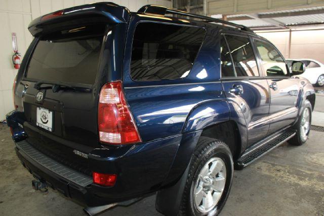 2005 Toyota 4Runner SR5 4dr