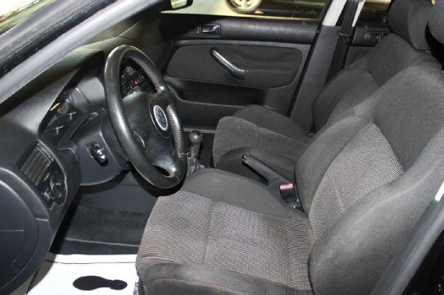 2003 Volkswagen Jetta Wolfsburg Edition 4dr