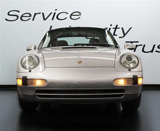 1998 Porsche 911 Carrera 2dr