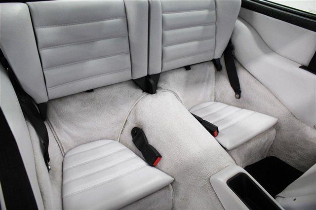 1992 Porsche 911 Carrera 2dr