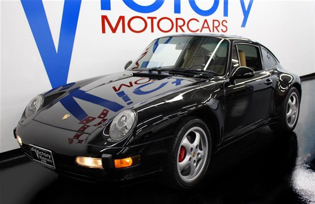 1996 Porsche 911 Carrera 2dr Carrera Coupe 6-Speed Manual
