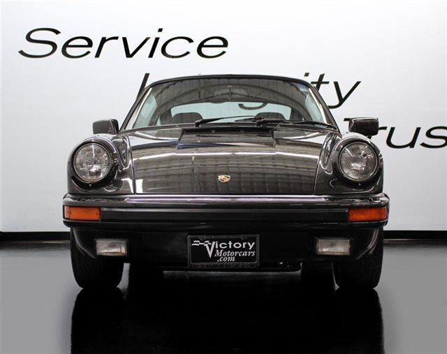 1982 Porsche 911 SC Coupe RARE COLOR LOW MILEAGE