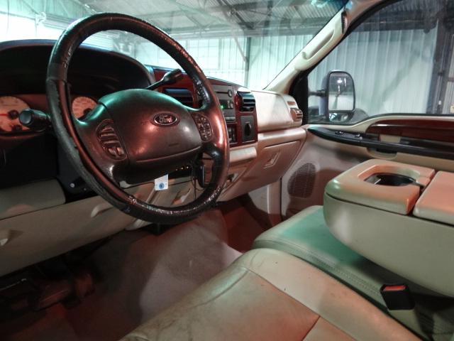 2007 Ford F250 4x4 Crew Cab Lariat w/ FX4