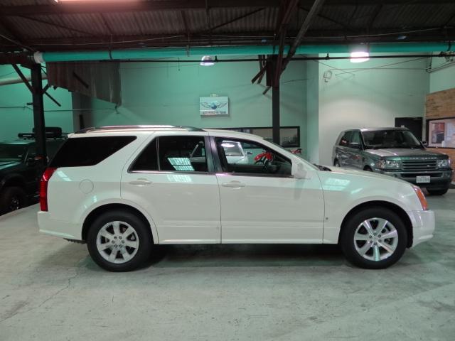 2006 Cadillac SRX V8
