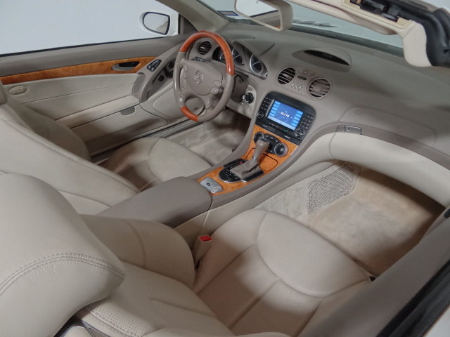 2007 Mercedes-Benz SL550 w/ Sport Package
