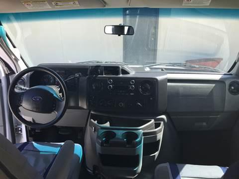 2011 Ford E-Series SD XL 3dr Extended Passenger Van